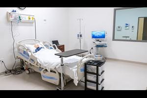 training patient room with mannequin